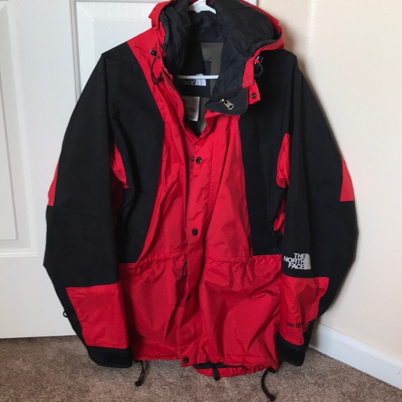 a431ae3a7 Vintage The North Face Mountain Light Jacket.